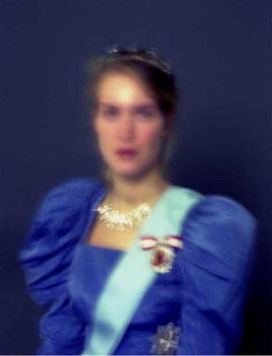 Pressefoto fra Århus Kunstbygnings udstilling Being a Queen