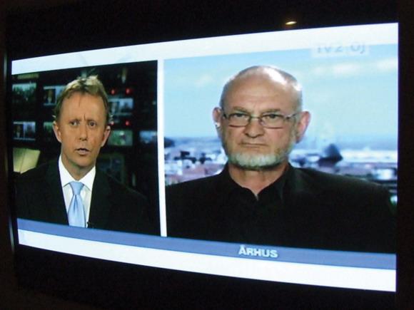 Torben Overgaard interviewes om sagen på TV2 Østjylland