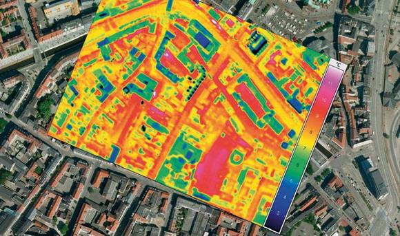 Thermofoto kan let kombineres med kort og luftfoto – her fra Århus C.