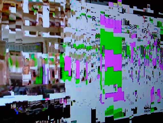 Skræpebladet har modtaget dette billede af pixeleringer set på Folketings-kanalen