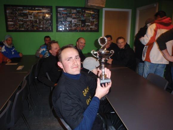 Politiet vandt pokalen og håneretten det kommende år med finalesejr på 5-1