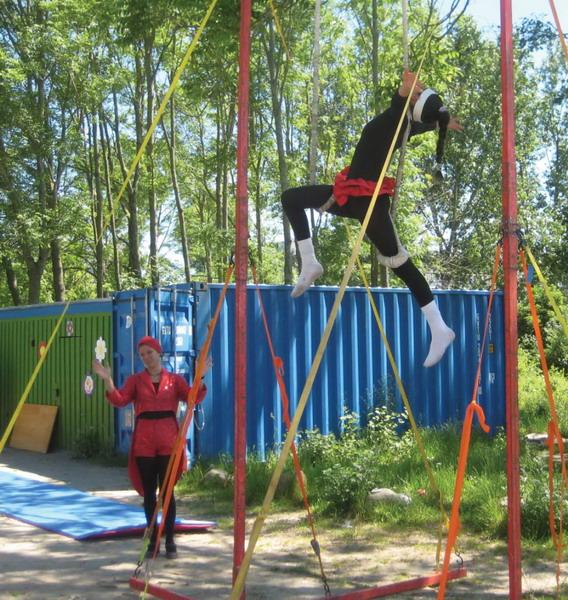 En dygtig akrobat er højt at flyve
