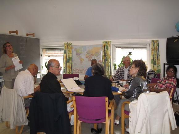 Sprogundervisning i Venskabsforeningens hyggelige lokaler