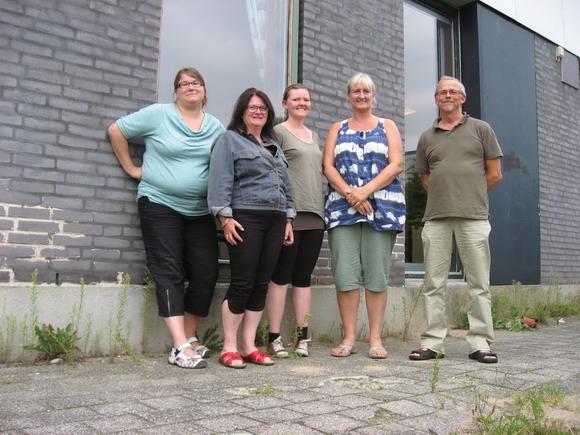 Foto af en lille del af redaktionen, samlet til et redaktionsmøde i august: (fra v.) Elsebeth Frederiksen, Jytte Lund Larsen, Lene B. Jørgensen, Helle Hansen, Birger Agergaard