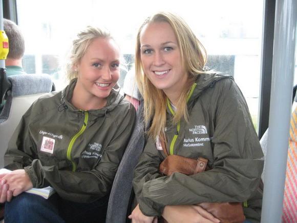 Pernille Lyrum Sørensen (th.) og Anne-Katrine Dideriksen klar til tur.