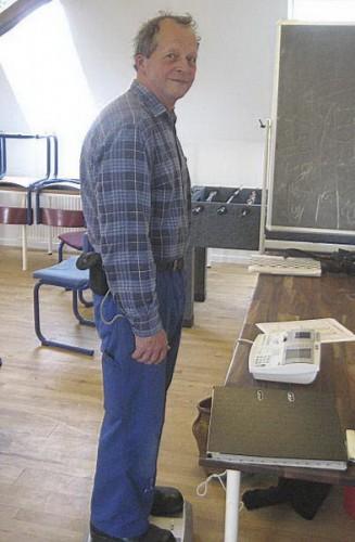 Allan Fisker: En besøgende i gang med at blive vejet og få bestemt sin krops biologiske alder.