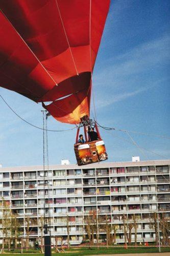 Forsidefoto: Ballonflyvning i Gellerup. Foto af Bo Sigismund.