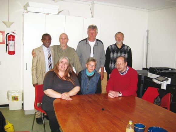 Afdelingsbestyrelsen. Siddende fra venstre Annette Knight, Elly Lindved, Peter Iversen. Stående fra venstre Ade Ojeniye, Johny Bendiksen, Rudolf Bay, Edvin Juhl.