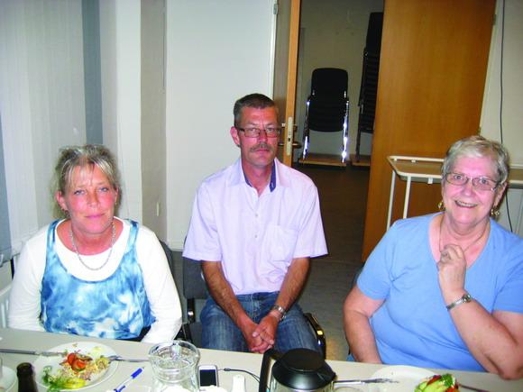 Tre afdelingsbestyrelsesmedlemmer: Fra v. Annelie, Henning og Kirsten Larsen.