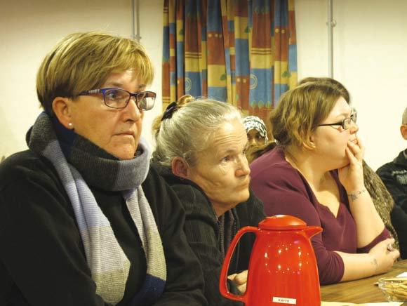Janna Bønneland, Solvej og Susan Andersen følger med i debatten