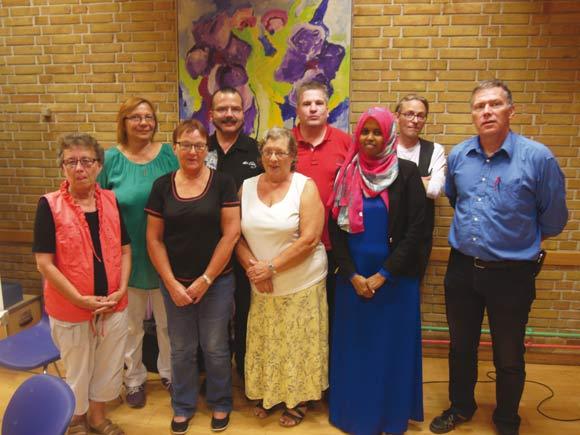 Skovgårdsparkens afdelingsbestyrelse og suppleanter med formand Vagn Eriksen yderst til højre