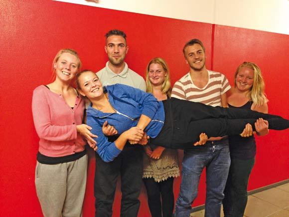 Forsiden: Bestyrelsen i Bronzealdervænget fik nye medlemmer. Foto: Pernille Benzon.