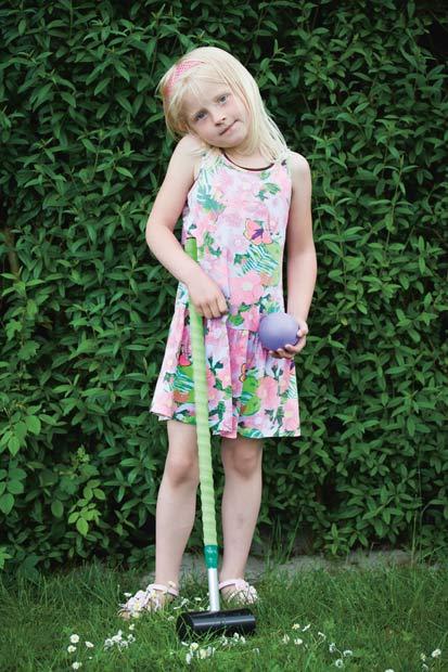 Isabella, 5 år Det bedste ved krolf er, at jeg kan spille sammen med mor og far.