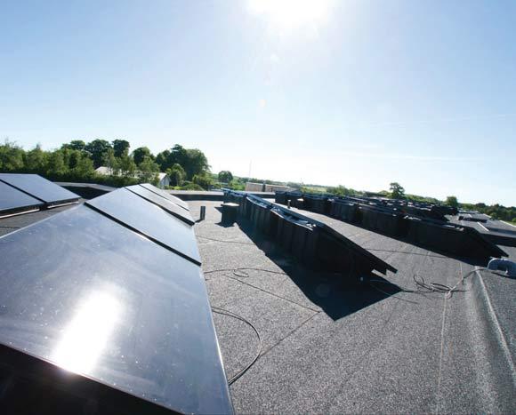 Solceller på energihusene i Pilevangen