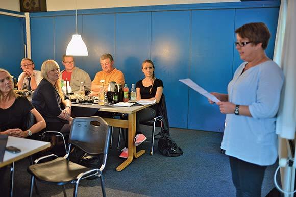 Formand Christina Madsen fremlægger beretningen.