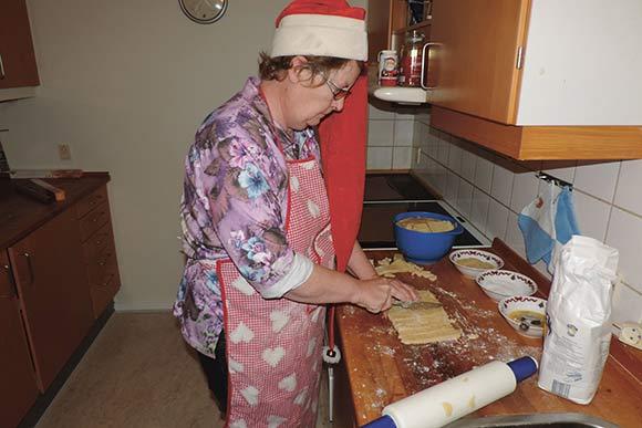 Skræppeskribent og julenørd Winnie Sehested bager finskbrød og deler opskriften med Skræppens læsere.
