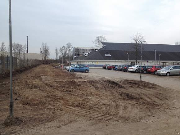 P-pladsen ved Gellerup Badet bliver i løbet af april videoovervåget af kameraer,  der sættes op på svømmehallen.