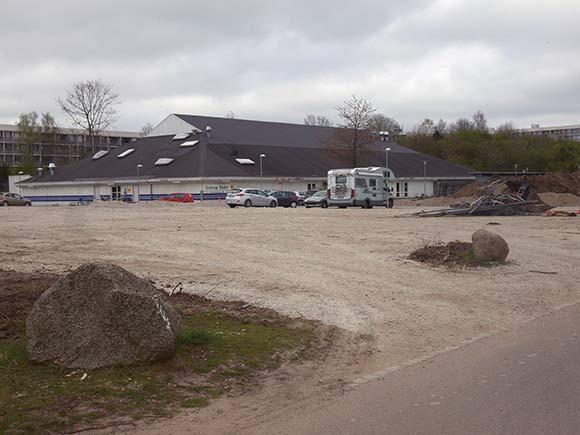 Foran Gellerup Badet kommer der snart en Instant City-plads med et info-center om Helhedsplanen.