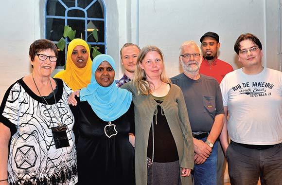 Toveshøjs bestyrelse: Inga Bech, Farhiyo Mohamed, Ilham Mohamed, Emil Thaysen, Anett S. Christiansen, Finn Herskind, Abdulmelik Farah og 1.-suppleant Christian Andersen.