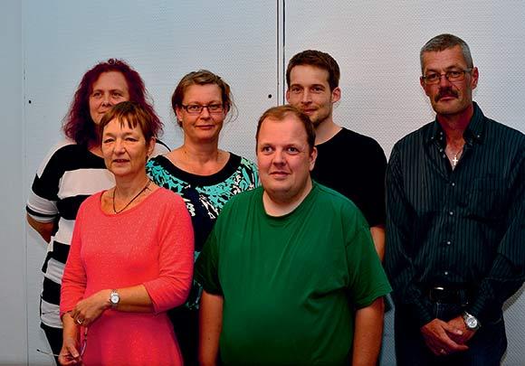 Bestyrelsen i Hasselhøj: Bagest fra venstre: Angeline Merlit, Anja Spalding, Bo Hansen Kops og Henning Kjærulff. forrest formand Dorthe Gottlieb og suppleant Jeppe Nielsen.