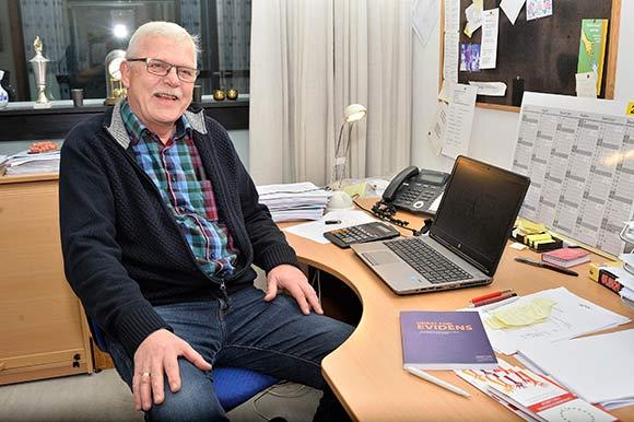 Verner Karkov mener, at Livsværkstederne er et fristed for brugerne.