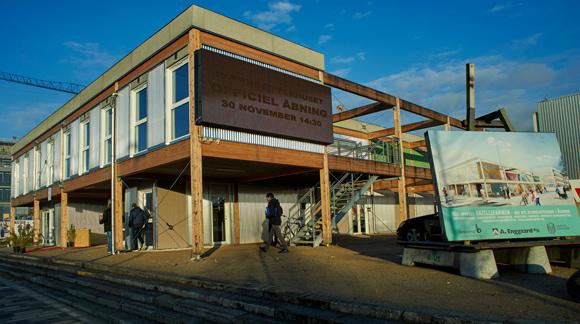 Forsiden: Det nye iværkaætterhus i Gellerup blev indviet den 30. november. Foto Bo Sigismund.