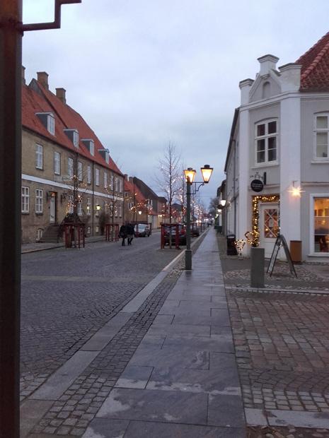 Christiansfeld var smuk med sine gamle gader og juleudsmykning.
