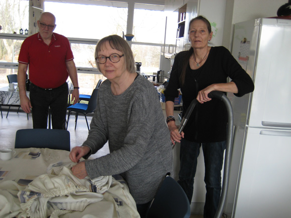 Johnny W. Rasmussen, Ragnhild Jensen og Jette Kristiansen arbejder i klubben.