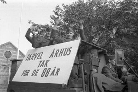Afmarch fra Vester Allé Kaserne.