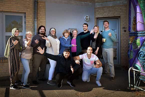 De kunne desværre ikke være der allesammen. Men her er nogle af de nye boligsociale medarbejdere, som glæder sig til at byde beboerne velkommen i Yggdrasil