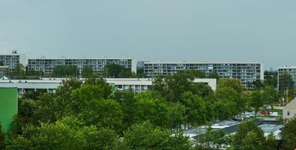 Et kig til Gellerupparken fra Skovgårdsparkens højhus på Astridsvej