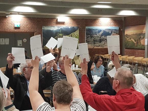 Der blev stemt nej til huslejestigninger.