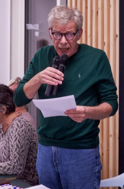 Jens Kragsnæs greb på repræsentantskabsmødet mikrofonen for at fortælle om deres forslag.