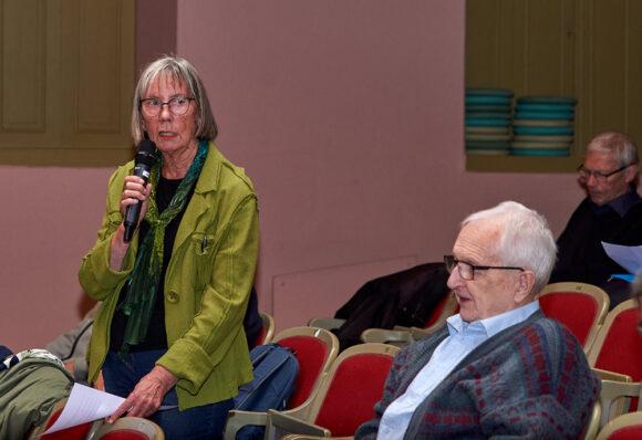 Grethe Pedersen fortalte om aktivitetsudvalget og pensionistforeningen.