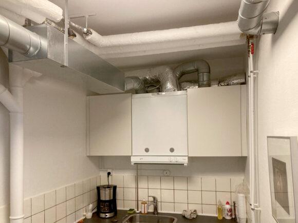 Sådan ser ventilationsanlægget ud, hvis det placeres i køkken og ikke i entré.